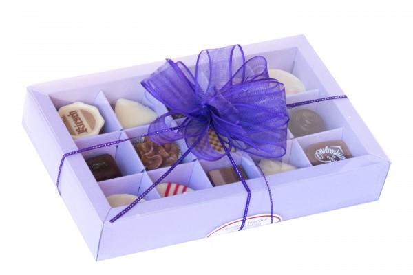 Geschenkverpackung Feinste Pralinen lila