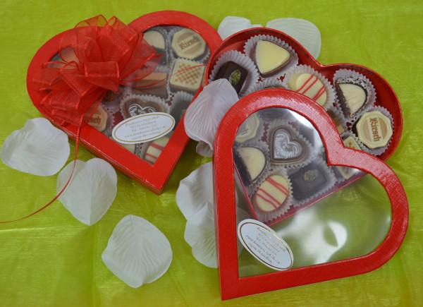 Pralinen in Herzverpackung groß