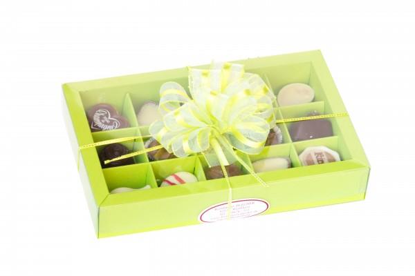 Geschenkverpackung Feinste Pralinen Grün